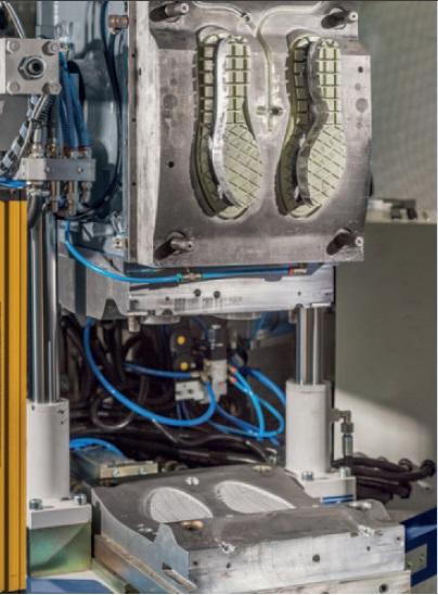 soles-injection-machine-mould-holder-boradue