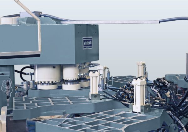 maquina-inyeccion-botas-wlx201-wintech-prensa